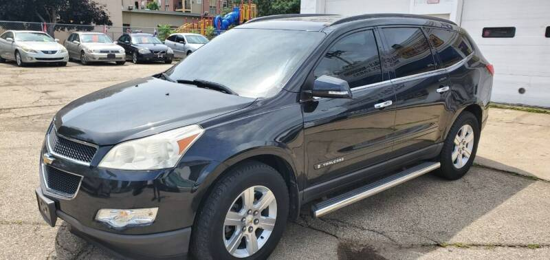 2009 Chevrolet Traverse for sale at Steve's Auto Sales in Madison WI
