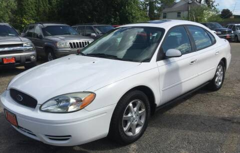 2006 Ford Taurus for sale at Knowlton Motors, Inc. in Freeport IL