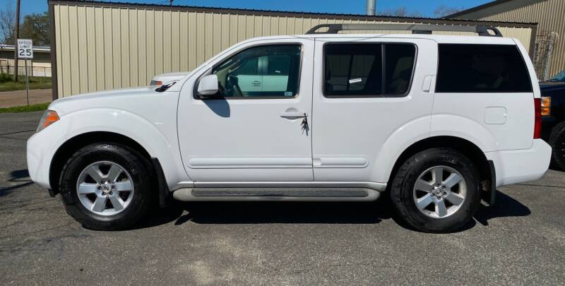 2010 Nissan Pathfinder for sale at Bobby Lafleur Auto Sales in Lake Charles LA