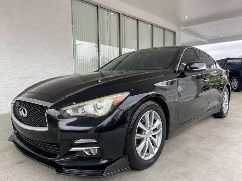 2014 Infiniti Q50 for sale at Powerhouse Automotive in Tampa FL