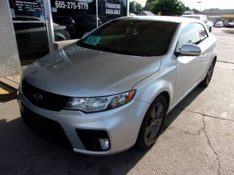 2011 Kia Forte Koup for sale at World Wide Automotive in Sioux Falls SD