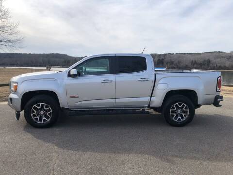 2016 GMC Canyon for sale at Monroe Auto's, LLC in Parsons TN