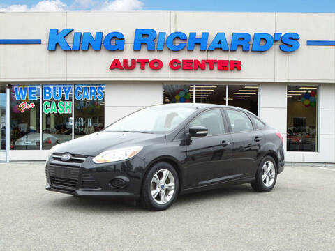 2013 Ford Focus for sale at KING RICHARDS AUTO CENTER in East Providence RI
