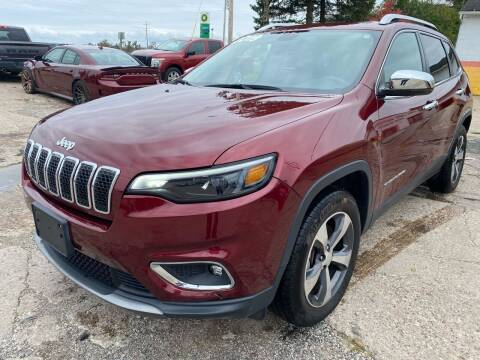 2019 Jeep Cherokee for sale at SUNSET CURVE AUTO PARTS INC in Weyauwega WI