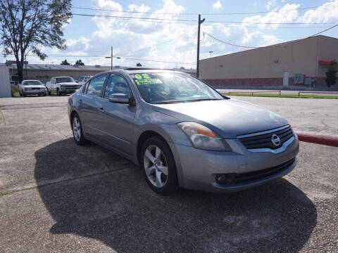 2008 Nissan Altima for sale at BLUE RIBBON MOTORS in Baton Rouge LA