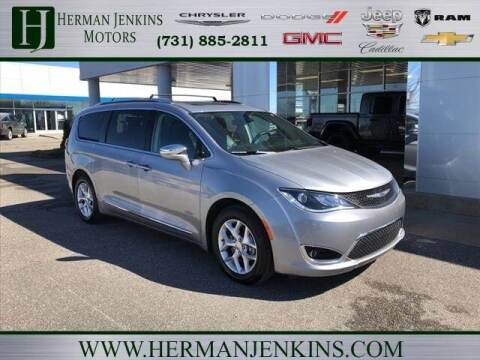 2020 Chrysler Pacifica for sale at Herman Jenkins Used Cars in Union City TN