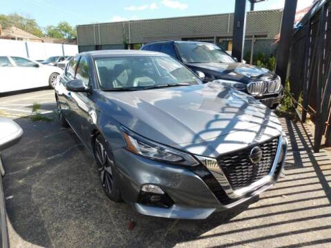 2020 Nissan Altima for sale at Gus's Used Auto Sales in Detroit MI