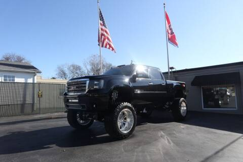2011 GMC Sierra 2500HD for sale at Danny Holder Automotive in Ashland City TN