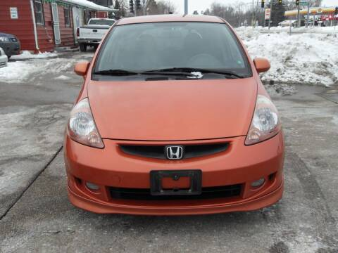 2007 Honda Fit for sale at GLOBAL AUTOMOTIVE in Gages Lake IL