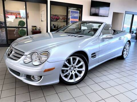 2007 Mercedes-Benz SL-Class for sale at SAINT CHARLES MOTORCARS in Saint Charles IL