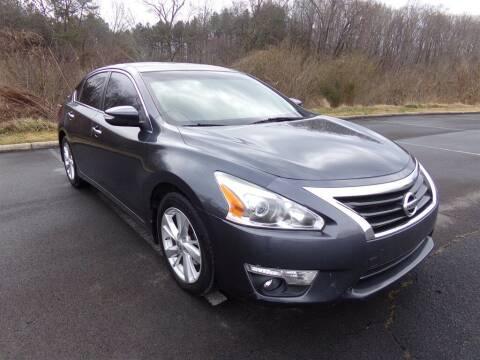 2013 Nissan Altima for sale at J & D Auto Sales in Dalton GA