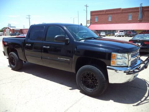 2013 Chevrolet Silverado 1500 for sale at Apex Auto Sales in Coldwater KS