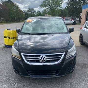 2009 Volkswagen Routan for sale at World Wide Auto in Fayetteville NC