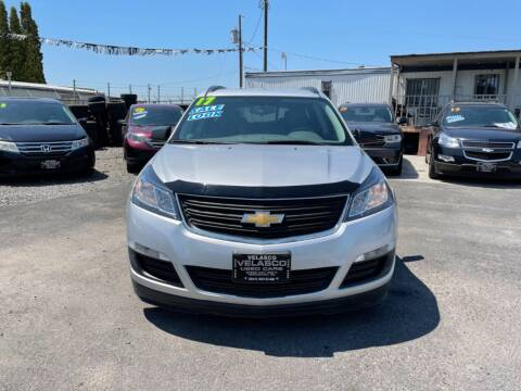 2017 Chevrolet Traverse for sale at Velascos Used Car Sales in Hermiston OR