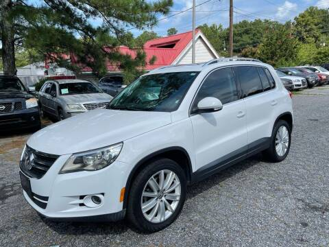 2010 Volkswagen Tiguan for sale at Car Online in Roswell GA