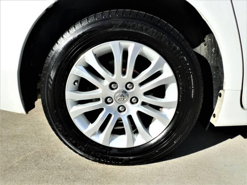 2012 Toyota Sienna Limited 7-Passenger 4dr Mini-Van - Mckinney TX