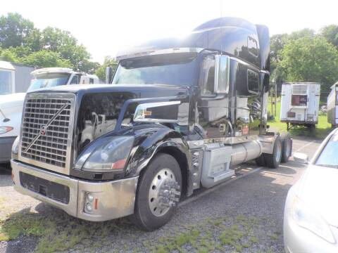 2006 Volvo VNL880 for sale at Recovery Team USA in Slatington PA