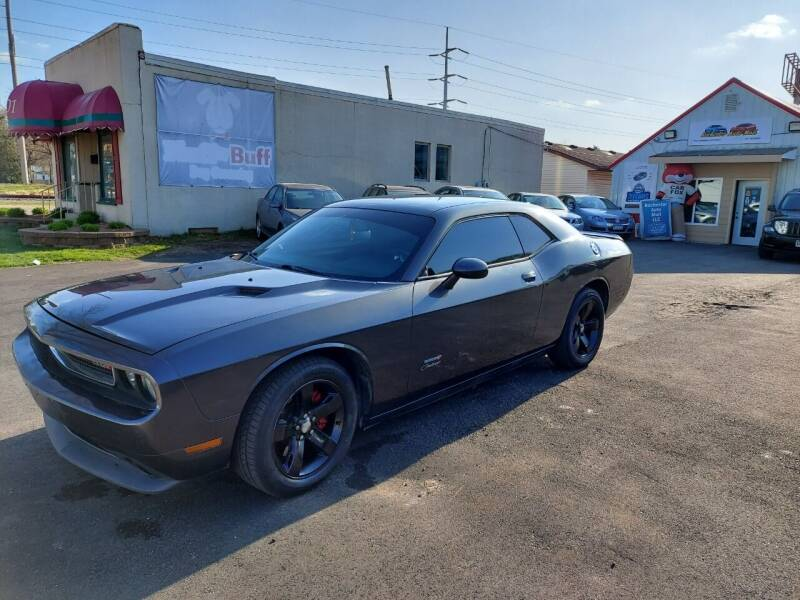 2013 Dodge Challenger for sale at Rochester Auto Mall in Rochester MN