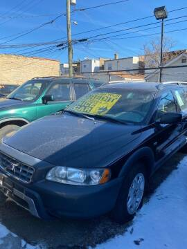 2005 Volvo XC70 for sale at MACK'S MOTOR SALES in Chicago IL