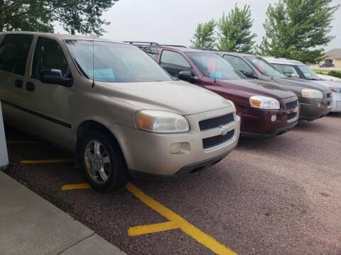 2007 Chevrolet Uplander for sale at Geareys Auto Sales of Sioux Falls, LLC in Sioux Falls SD