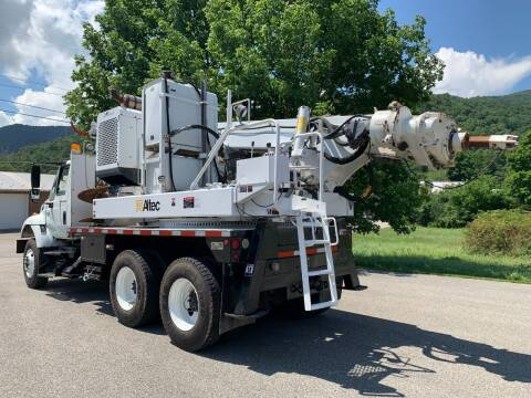 2002 Altec HD35 22 for sale at Henderson Truck & Equipment Inc. in Harman WV