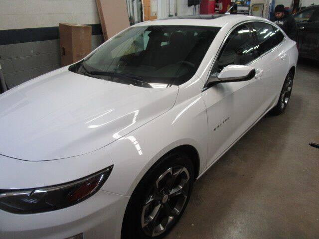 2020 Chevrolet Malibu for sale at VALERI AUTOMOTIVE in Winthrop Harbor IL
