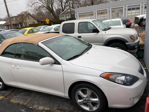 2006 Toyota Camry Solara for sale at Best Deal Motors in Saint Charles MO
