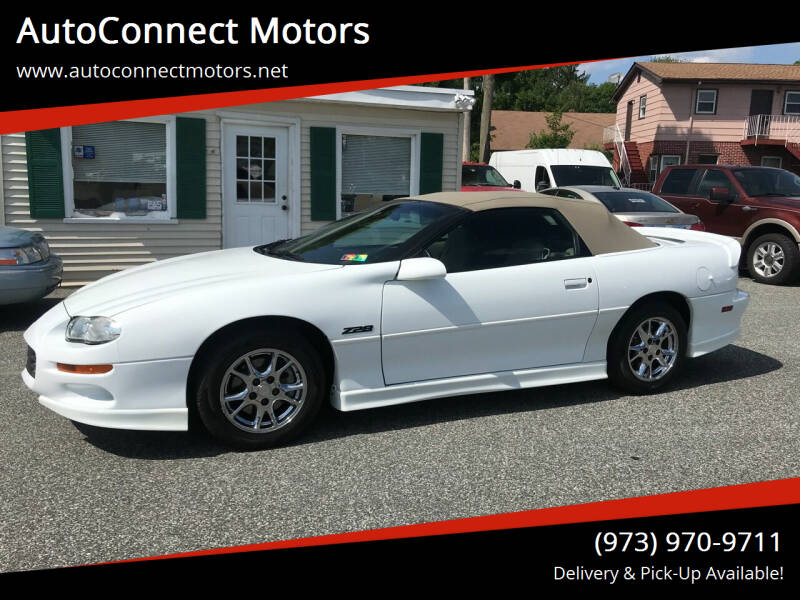 2002 Chevrolet Camaro for sale at AutoConnect Motors in Kenvil NJ