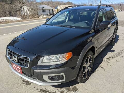 2013 Volvo XC70 for sale at AUTO CONNECTION LLC in Springfield VT