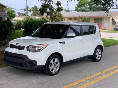 2017 Kia Soul for sale at UNITED AUTO BROKERS in Hollywood FL