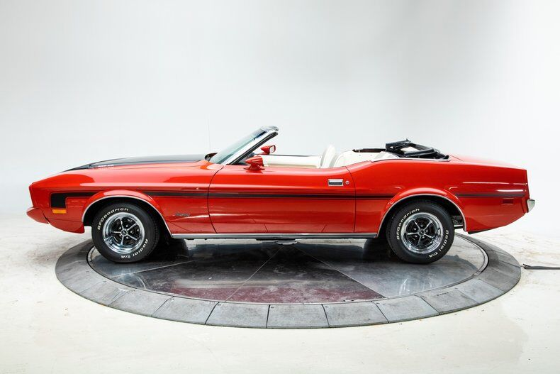 1973 Ford Mustang 4