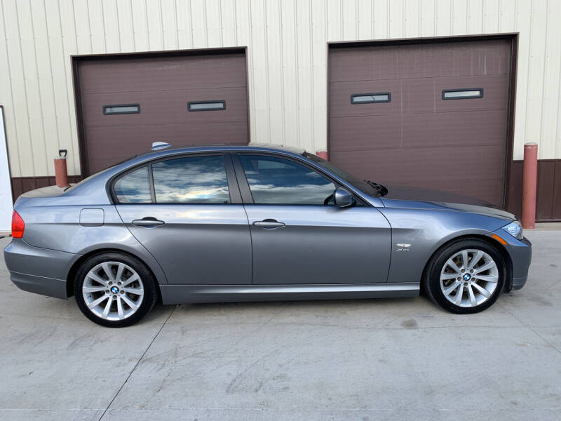 2011 BMW 3 Series for sale at Dakota Auto Inc. in Dakota City NE