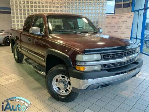 1999 Chevrolet Silverado 2500 for sale at iAuto in Cincinnati OH