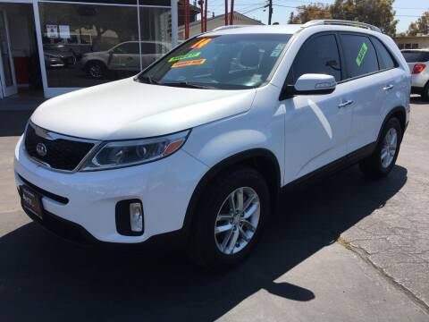 2015 Kia Sorento for sale at Auto Max of Ventura in Ventura CA