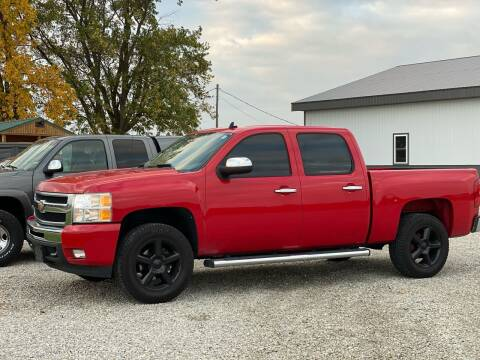 2011 Chevrolet Silverado 1500 for sale at CMC AUTOMOTIVE in Roann IN