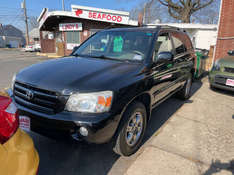 2005 Toyota Highlander for sale at Frank's Garage in Linden NJ