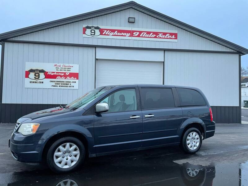2008 Chrysler Town and Country for sale at Highway 9 Auto Sales - Visit us at usnine.com in Ponca NE