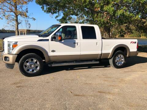 2012 Ford F-250 Super Duty for sale at Monroe Auto's, LLC in Parsons TN