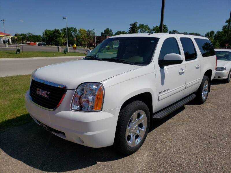 2010 GMC Yukon XL for sale at CFN Auto Sales in West Fargo ND