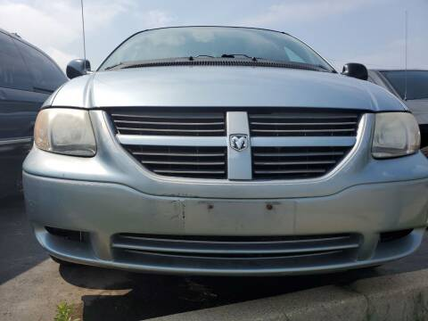 2005 Dodge Caravan for sale at Hart Auto in Milwaukee WI