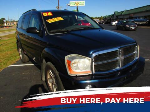 2006 Dodge Durango for sale at Auto World in Carbondale IL