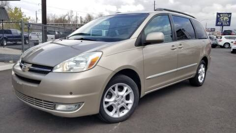 2004 Toyota Sienna for sale at LA Motors LLC in Denver CO