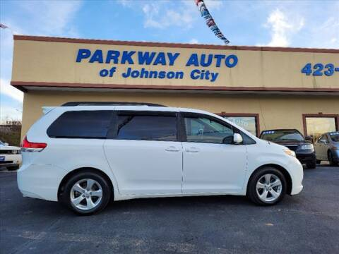 2013 Toyota Sienna for sale at PARKWAY AUTO SALES OF BRISTOL - PARKWAY AUTO JOHNSON CITY in Johnson City TN