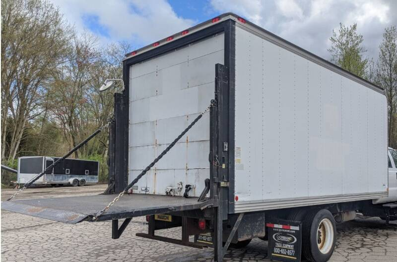 US BODY 18FT TRUCK BOX WITH MAXON 3000LB LIFTGATE for sale at Re-Fleet llc in Towaco NJ