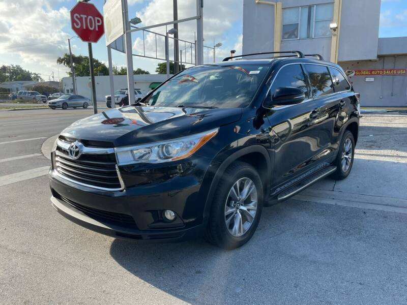 2016 Toyota Highlander for sale at Global Auto Sales USA in Miami FL