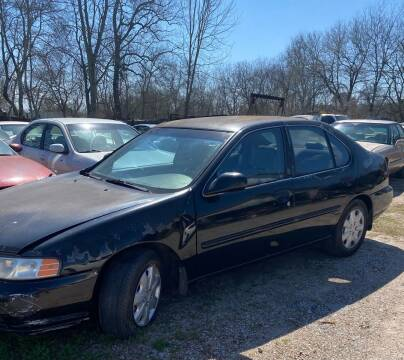 2000 Nissan Altima for sale at Ody's Autos in Houston TX