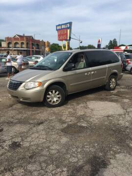 2005 Chrysler Town and Country for sale at Big Bills in Milwaukee WI