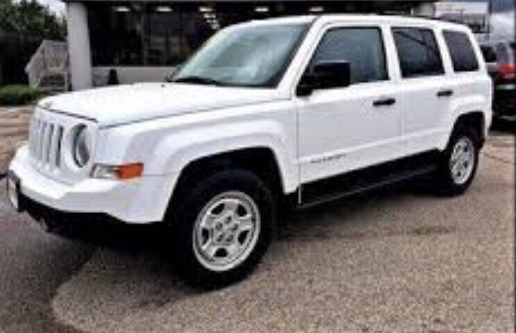 2017 Jeep Patriot for sale at Right Place Auto Sales in Indianapolis IN