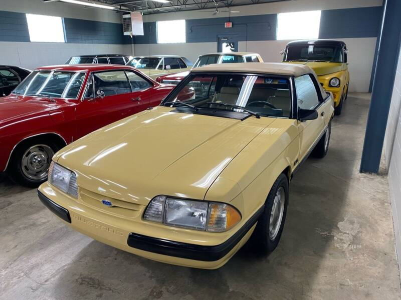 1987 Ford Mustang for sale at MICHAEL'S AUTO SALES in Mount Clemens MI