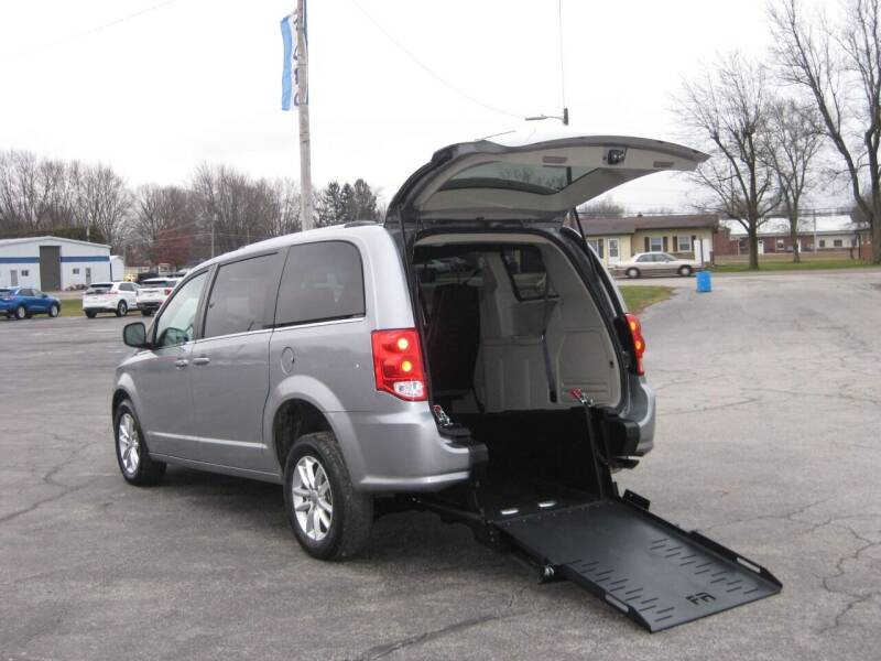 2019 Dodge Grand Caravan for sale at McCrocklin Mobility in Middletown IN